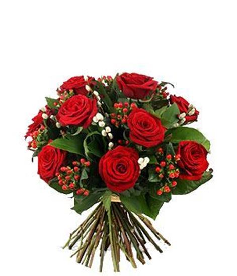 Picture of Romantic  icelandic red rose bouquet with  hypericum berries and greenery.
