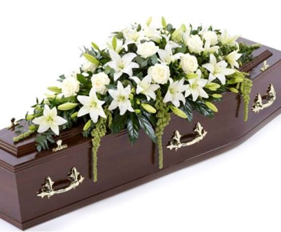 Picture of Elegant casket spray in 3 sizes and with possibility of different colours.