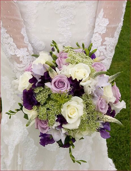 sophisticated wedding bouquet with lilac purple and white cream blooms h si bl ma flower. Black Bedroom Furniture Sets. Home Design Ideas