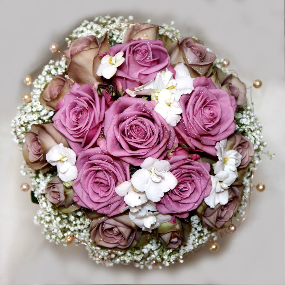 Brown Wedding Flowers: Romantic Wedding Bouquet With Lilac And Brown Roses