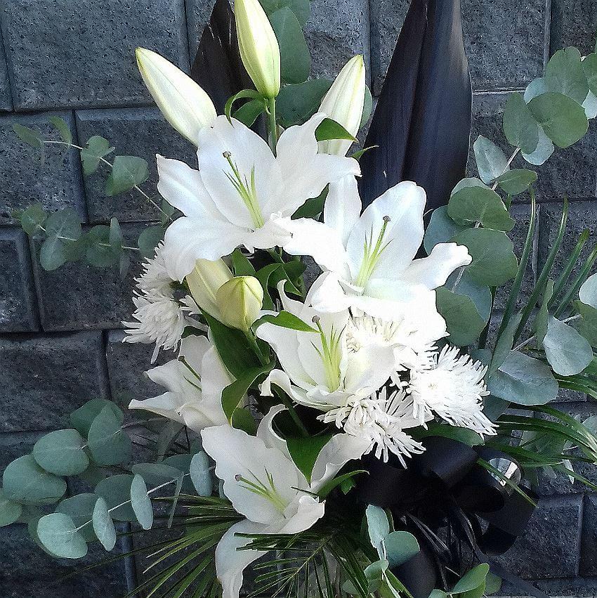 Oriental Lilies Bouquet With Moms Pastel Blue Eucalyptus