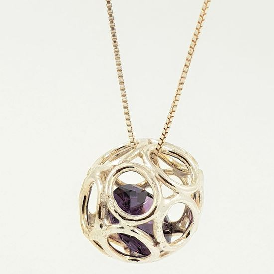 Mynd An Icelandic design - SILVER NECKLACE WITH CUBIC ZIRCONIA STONE.