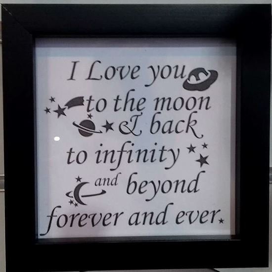 Picture of Beautiful quotes in frames - I love you to the moon and back